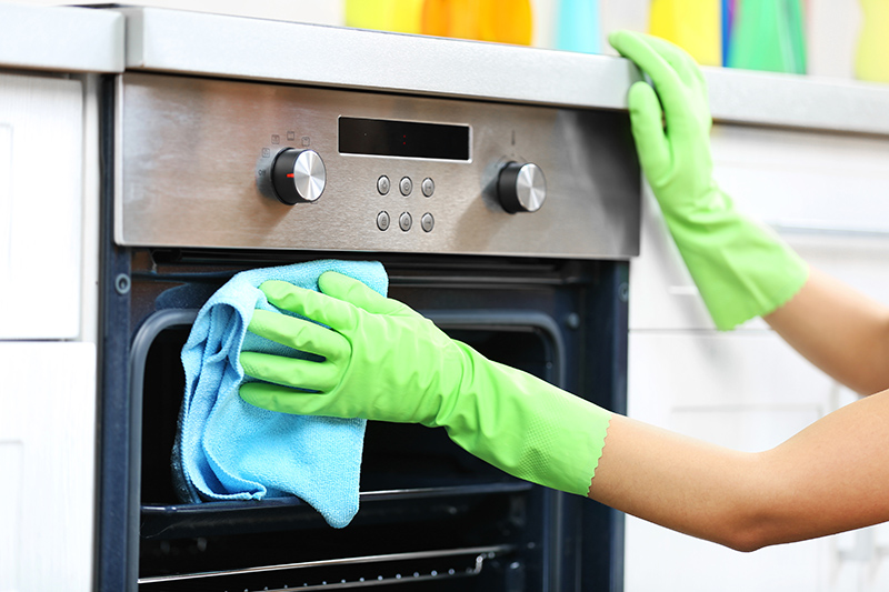 Oven Cleaning Service in Chesterfield Derbyshire