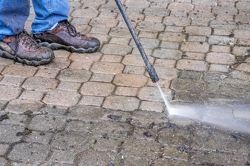 Patio Cleaning Services in Chesterfield Derbyshire